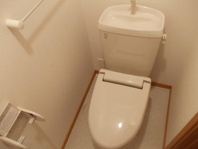 ミルトA 02010号室のトイレ