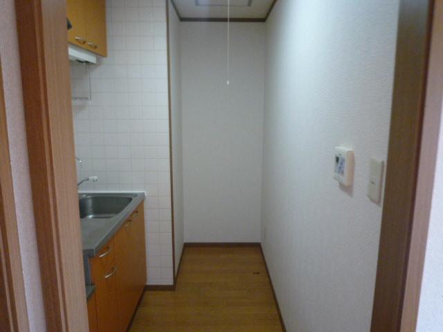 パルテール ヴィラ K 02020号室のロビー