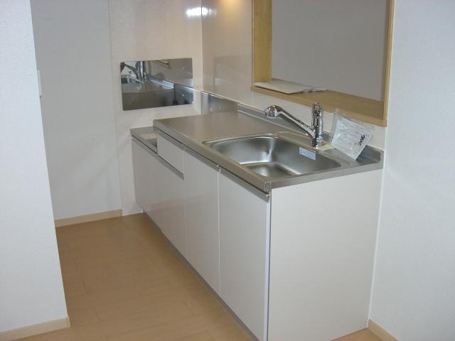 シャンプワールヒルズA棟 02030号室のキッチン