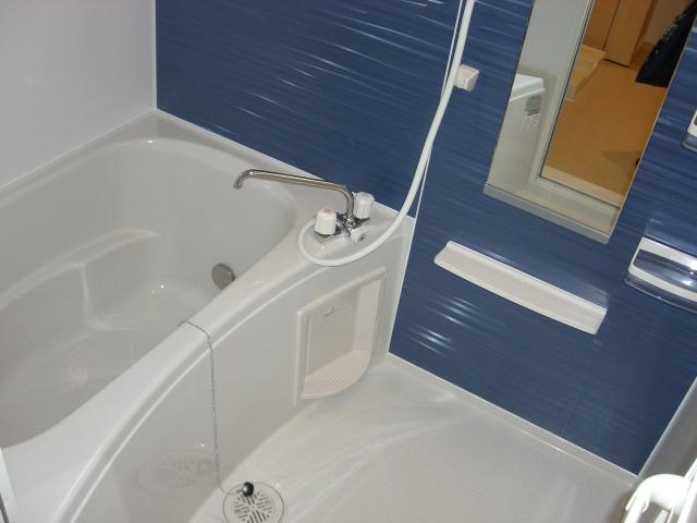 シャンプワールヒルズA棟 02030号室の風呂