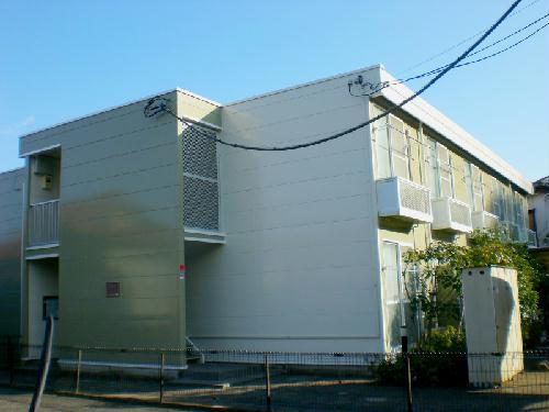 レオパレスSURFB 202号室の外観