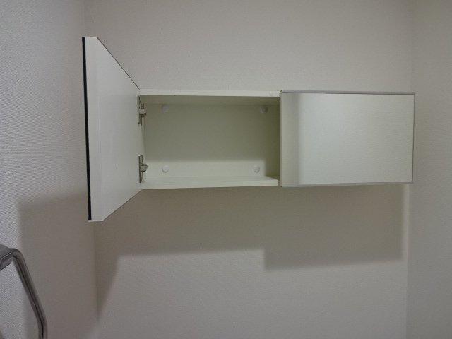 branche' 101号室のトイレ