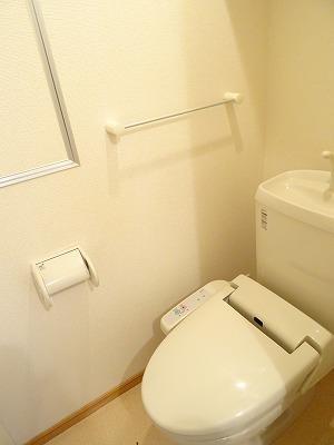 アベンシス7 02050号室のトイレ