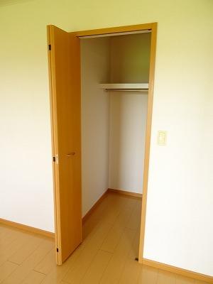 アベンシス7 02050号室の収納