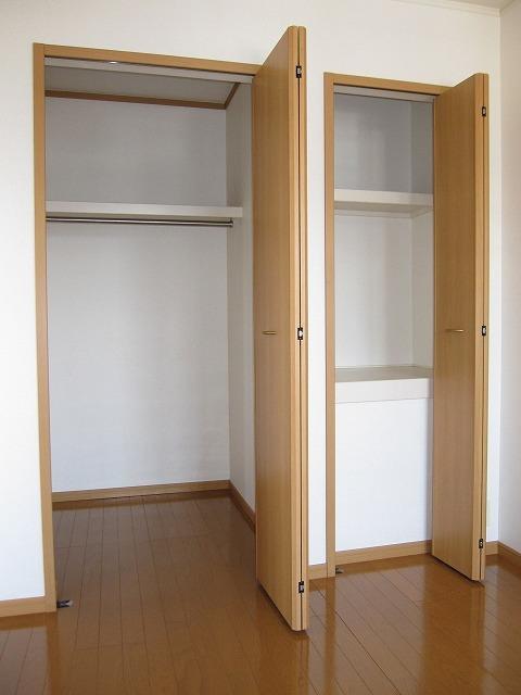 サンリット 02010号室の収納