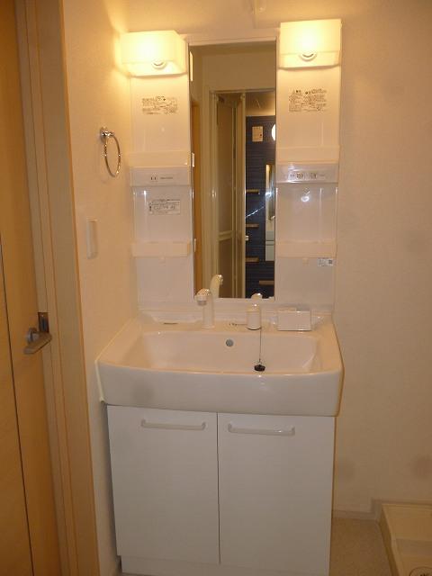 リバーサイドさくらA 02030号室のトイレ