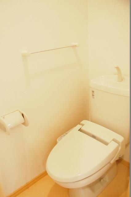 セリナ A 02020号室のトイレ