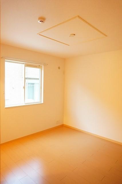 ベル・メゾン鶴市B 01030号室のベッドルーム