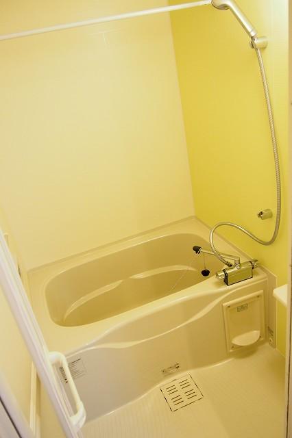 シャネル アイ 02010号室の風呂