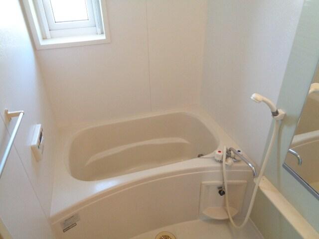 グランディール 27 02010号室の風呂