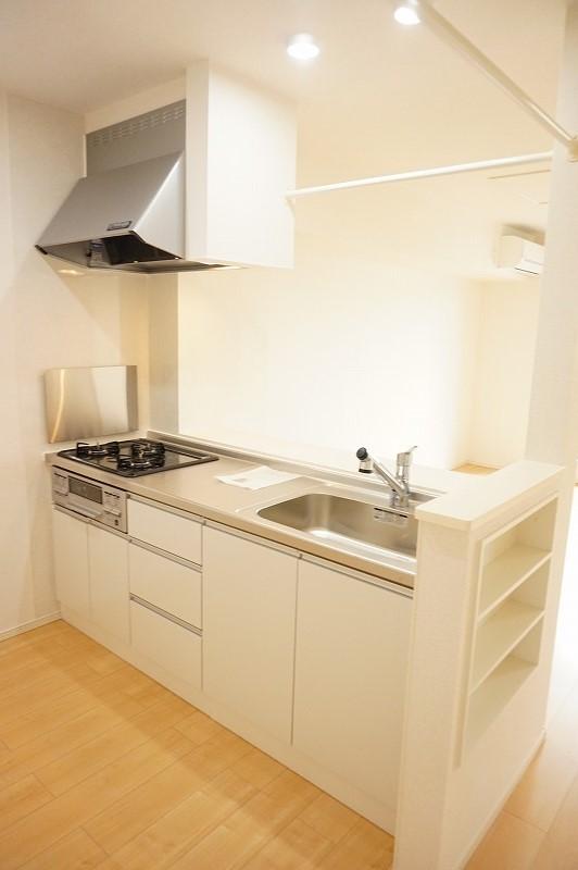 グラシオッソ 02020号室のキッチン