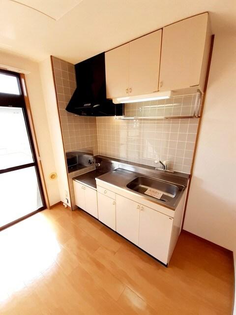 サンシティー75Ⅱ 02040号室のキッチン