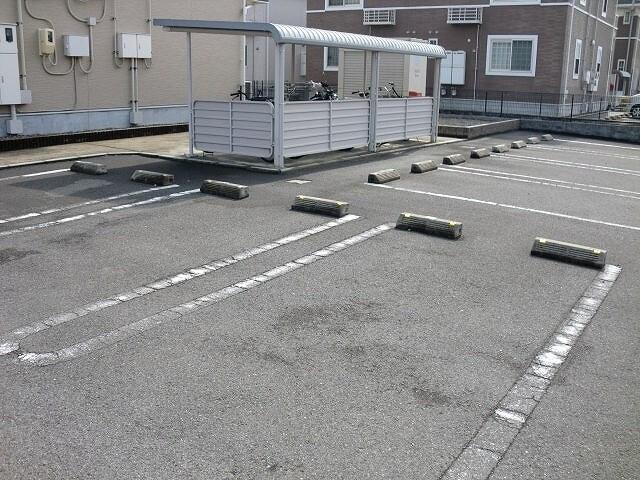 レジデンスM・J A 01010号室の収納