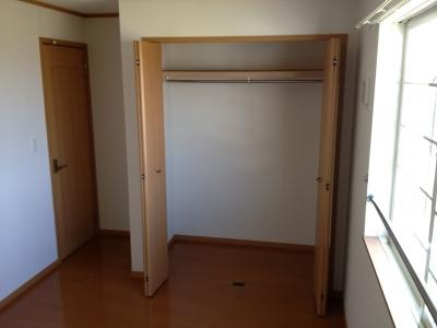 ハピネス村山C 02020号室の収納
