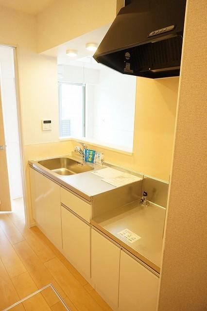 クラール木太D 01010号室のキッチン