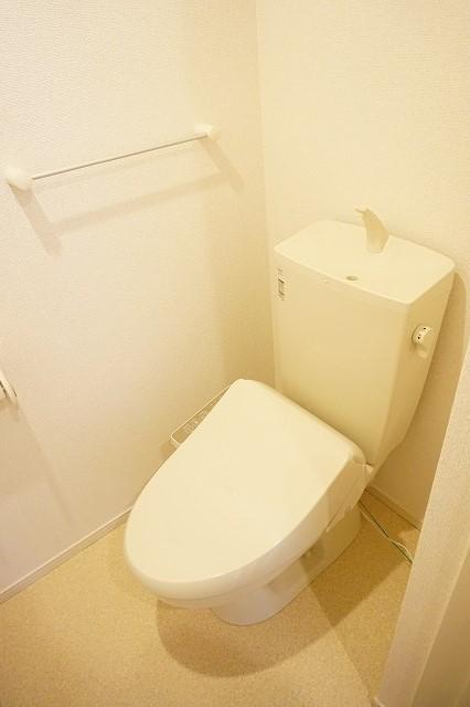 クラール木太D 01010号室のトイレ