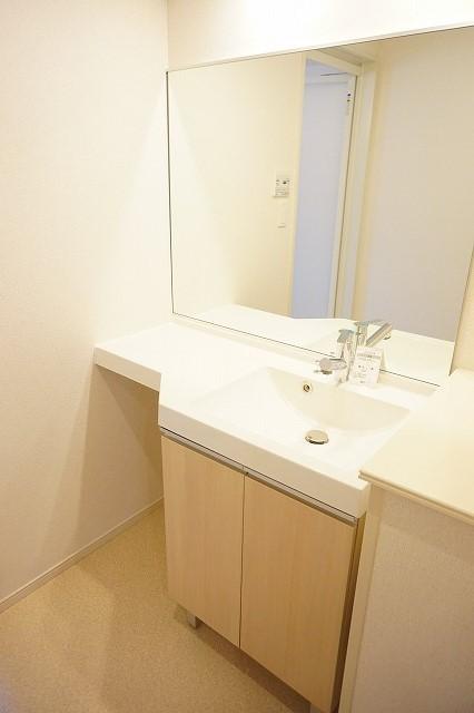 クラール木太D 01010号室の洗面所