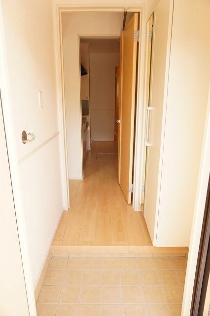 クラール木太D 01010号室の玄関