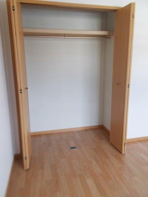 エステート雅 C棟 02030号室の玄関