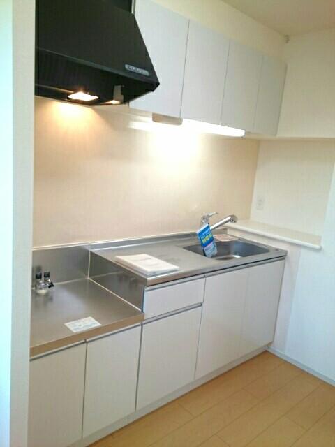 サンライズ田村 Ⅱ 02020号室のキッチン