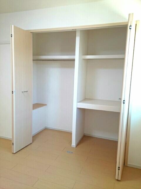 サンライズ田村 Ⅱ 02020号室の収納