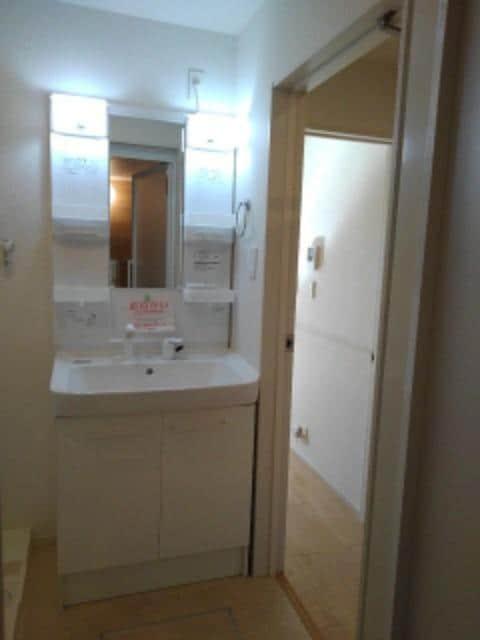 エトワールⅡ A 02050号室の洗面所