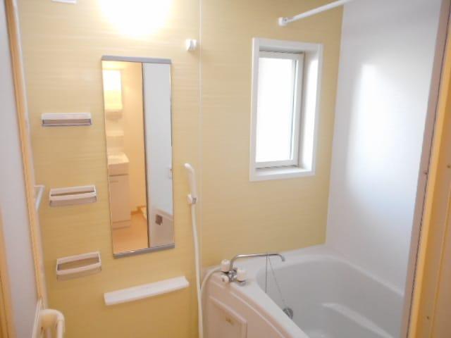 ウイーン黒野 01020号室の風呂