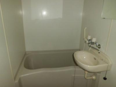 レオパレスくらち 104号室の風呂