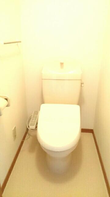 エスト・モンターニュ 02020号室のトイレ
