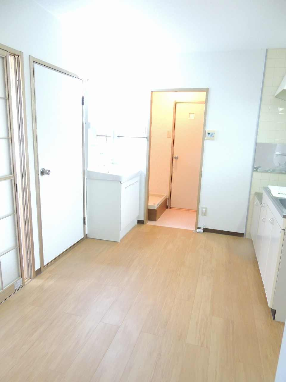 ミューズ松本Ⅴ 02010号室のリビング