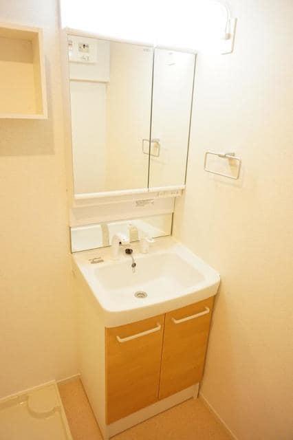 ディアコート 宮脇 02020号室の洗面所