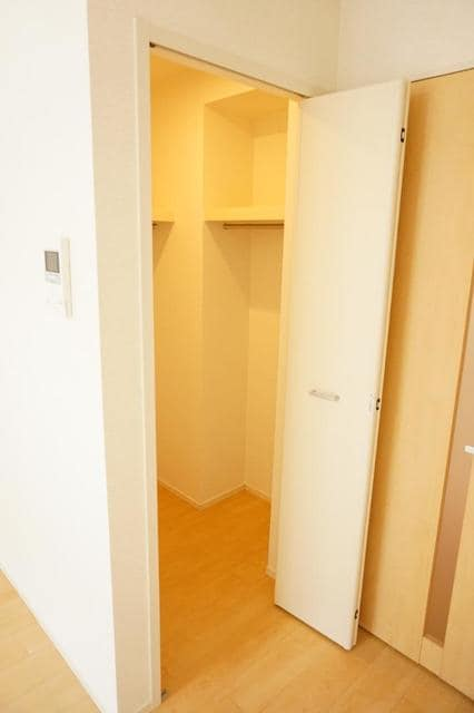 ディアコート 宮脇 02030号室の収納
