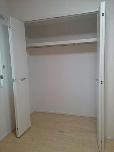 キャッスル B 02010号室の収納