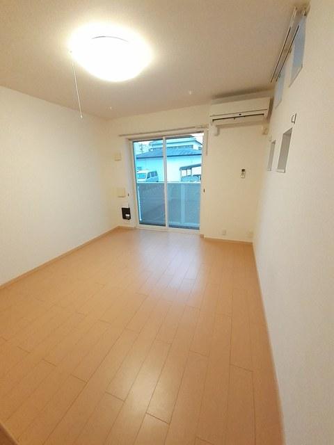 ベル スクエア 01050号室のリビング