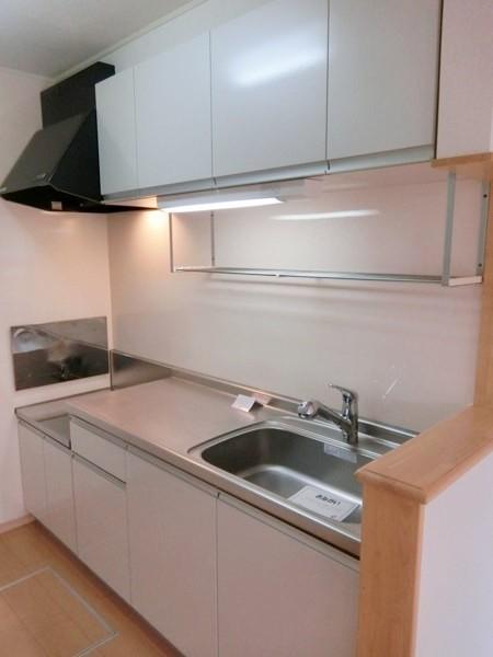 イエローフォレスト 01020号室のキッチン