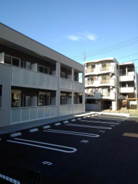ボヌール レイワB 02010号室の駐車場