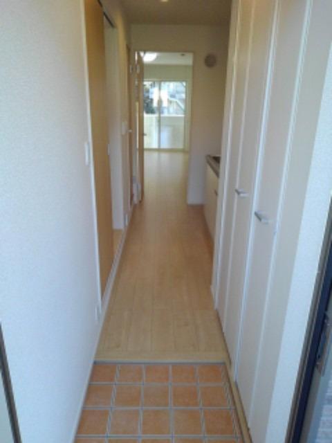 ボヌール レイワB 02010号室の玄関