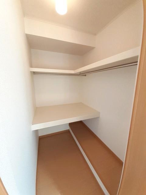 アージュ 01050号室の洗面所