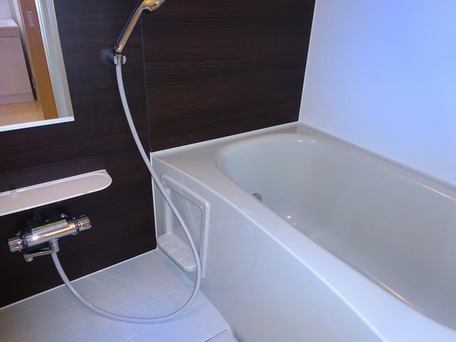 ランドマーク 2017 01020号室の風呂