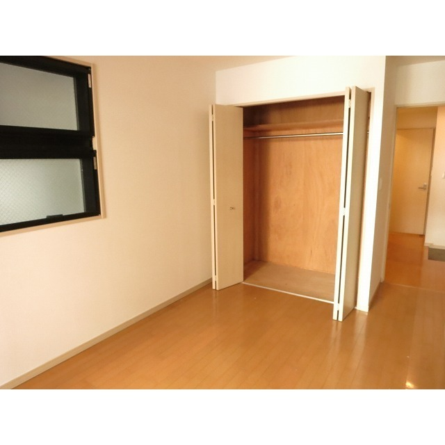 ル ガルデニア 0202号室のバルコニー