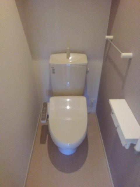 アヴォンリー上天神Ⅱ 01030号室のトイレ
