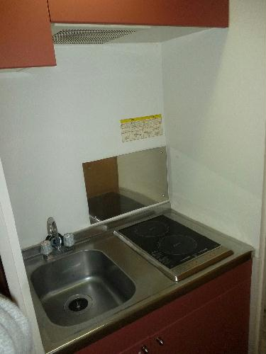 レオパレスグランシャリオ 101号室のキッチン