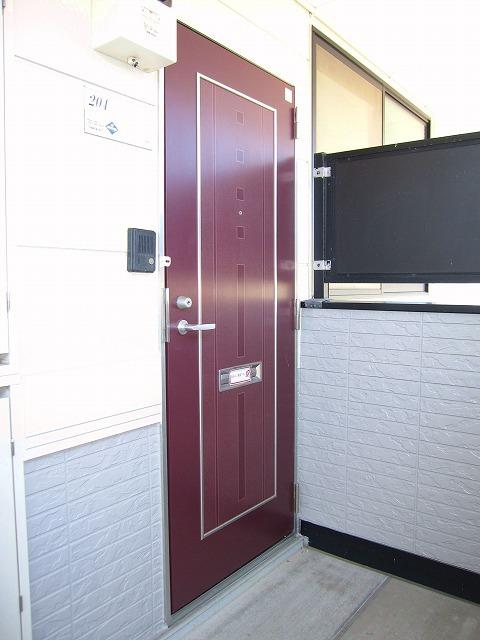 コンフォートハイツ Ⅱ 02040号室のエントランス