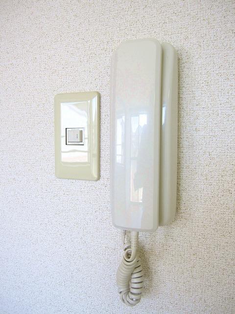 コンフォートハイツ Ⅱ 02040号室のセキュリティ