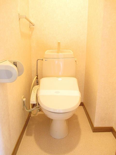 コンフォートハイツ Ⅱ 02040号室のトイレ
