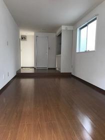 グレイスマンション 2C号室のリビング