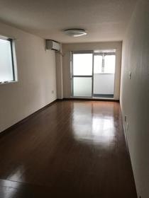 グレイスマンション 2C号室の居室
