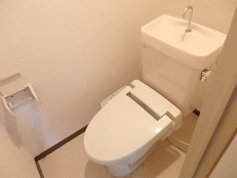 レナージュ 02040号室のトイレ