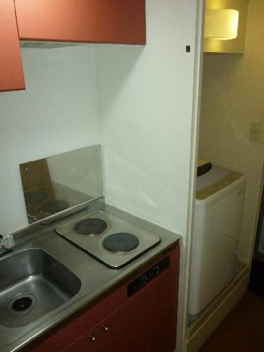 レオパレス砂野台 103号室のキッチン