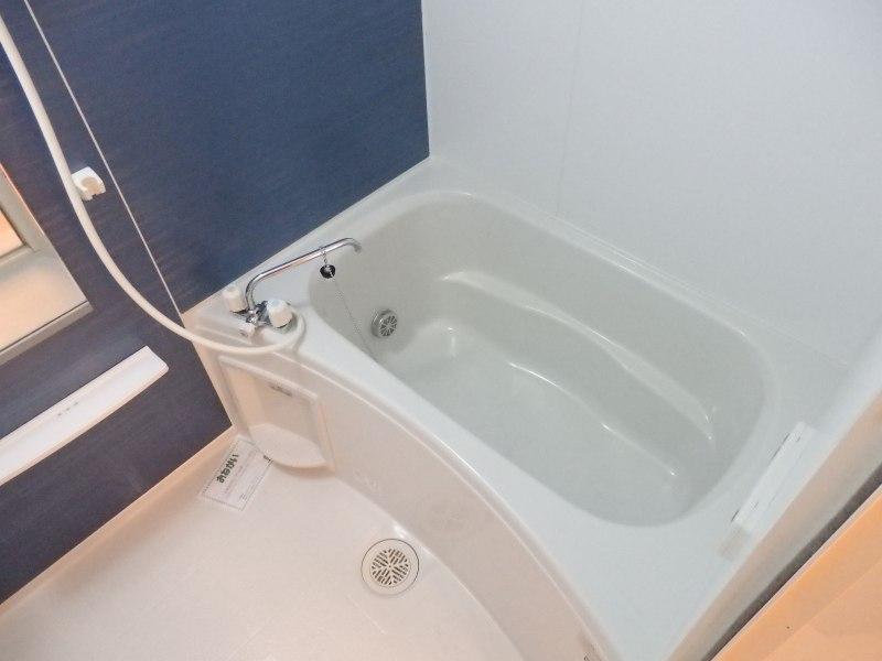 アルモニー A 01010号室の風呂